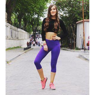 Γυναικείο capri κολάν γυμναστικής Deep Purple